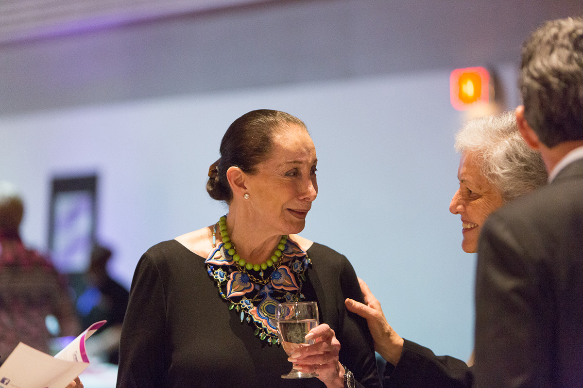 Milli Gould chats with a guest at the 2016 Women of Distinction Awards